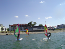 Windsurflehrer oder Praktikant fur Monat August at Surfschule Niendorf