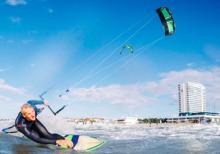 Kite- und Windsurflehrer fur Sommer 2019 at Supremesurf