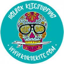 MANAGING KUKULKITE ON PARADISE ISLAND HOLBOX MEXICO at KUKULKITE KITESURFING HOLBOX